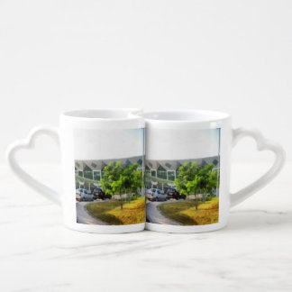 Udaipur airport and cars in front coffee mug set