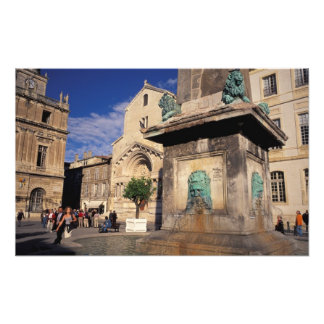 UE, Francia, Provence, Bouches-du-Rhone, Arles. Fotografías