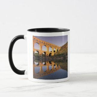 UE, Francia, Provence, Gard, Pont du Gard. 2 Taza