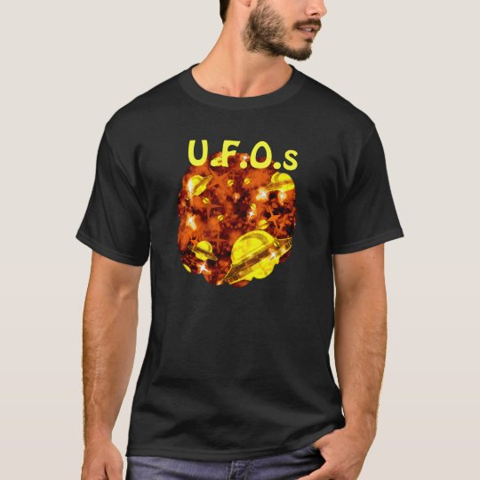 UFO Aliens spaceship flying saucers T-Shirt