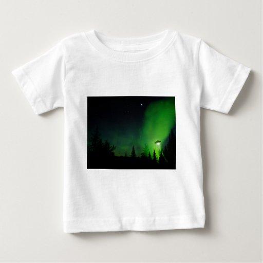 UFO del extranjero en cielo de Alaska Remeras