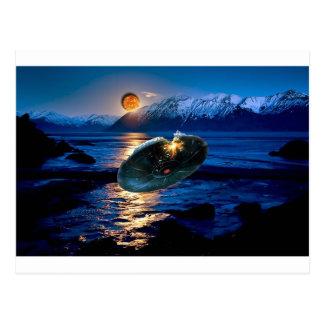 UFO DIGITAL FLYING SAUCER ART POSTCARD