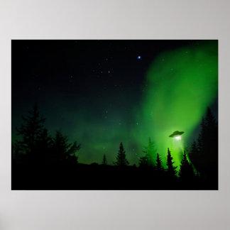 UFO en cielos de Alaska Póster