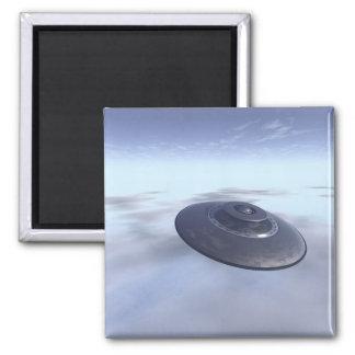 UFO in Flight Magnet
