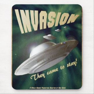 UFO Invasion – Vintage Movie Poster Mouse Pad