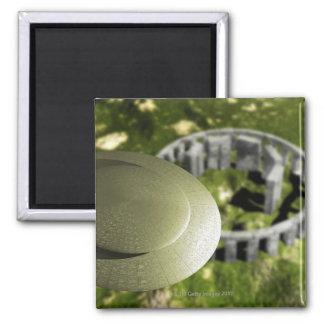 UFO que investiga el sitio de Stonehenge como él Imán Cuadrado