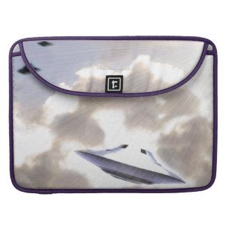 "UFO Silver Beamship 15"" MacBook Pro Sleeve"