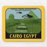 UFO SOBRE DISEÑO DEL VIAJE DEL CAIRO EGIPTO TAPETES DE RATON