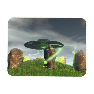 UFO y círculo de piedra antiguo Imanes Rectangulares