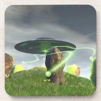 UFO y círculo de piedra antiguo Posavasos