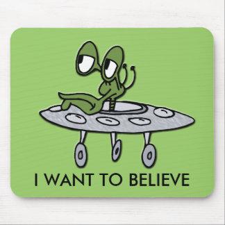 UFO y extranjero Mouse Pad