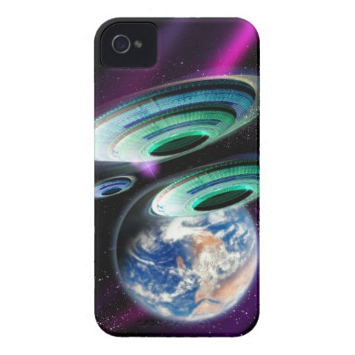 UFOs iPhone 4 Case-Mate Protectores