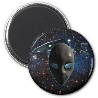 UFOs y extranjeros Imán Redondo 5 Cm