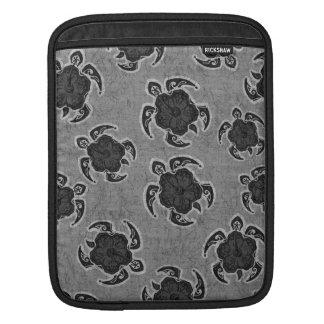 Uhane Honu Hibiscus Batik Hawaiian Turtle iPad Sleeve
