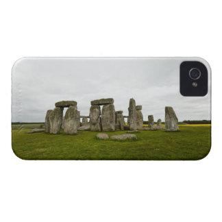 UK, Wiltshire, Stonehenge iPhone 4 Case-Mate Cases
