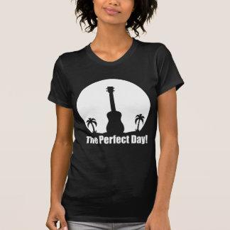Uke del día perfecto camiseta
