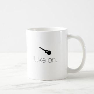 Uke encendido taza clásica