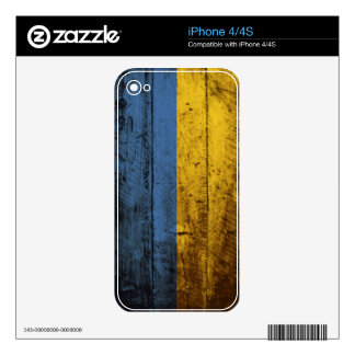 Ukraine Flag on Old Wood Grain iPhone 4 Skin