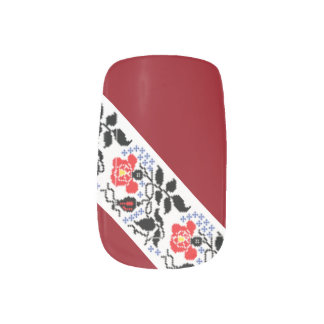 Ukrainian Embroidery Nail Art red roses
