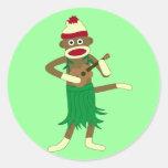 Ukulele del mono del calcetín pegatina redonda