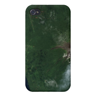 Ulawun Volcano of New Britain Summit iPhone 4/4S Cover