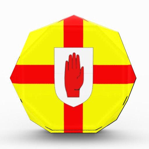 Ulster señala por medio de una bandera