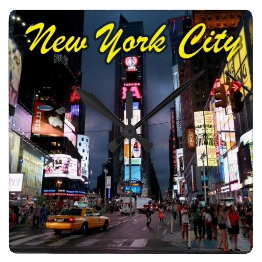 Último Times Square New York City los E.E.U.U. Relojes