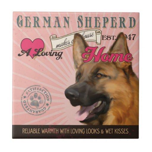 Un alemán cariñoso Sheperd hace nuestro hogar de l Azulejo Cuadrado Pequeño