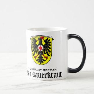 Un alemán malhumorado es una taza divertida de la
