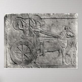 Un alivio que representa al ejército asirio en bat poster