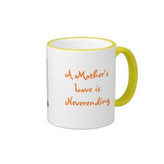 Un amor de madre es interminable tazas de café