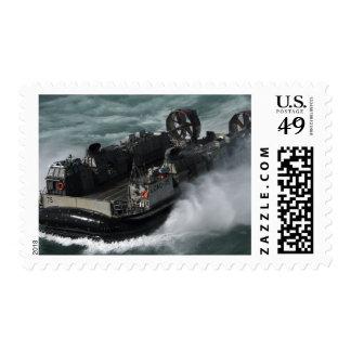 Un amortiguador de aire de la lancha de sellos postales
