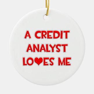 Un analista de crédito me ama ornamento de navidad