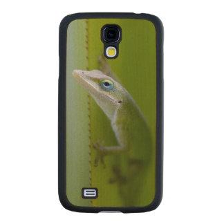 Un anole verde es un lagarto arbóreo funda de galaxy s4 slim arce