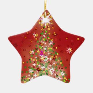 Un árbol de navidad que brilla intensamente adorno de cerámica en forma de estrella