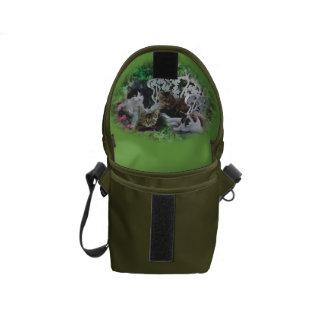 un arsenal de los gatos 13 bolsa messenger