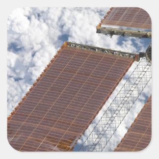 Un arsenal solar reparado pegatina cuadrada