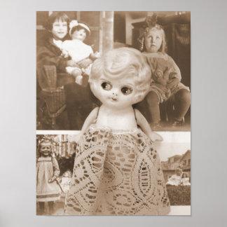 Un asunto de la muñeca del vintage póster