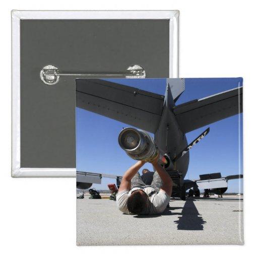 Un aviador de la fuerza aérea de los E.E.U.U. leva Pin