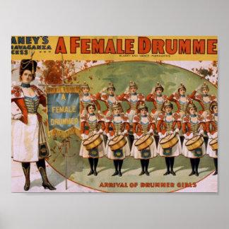 Un batería de sexo femenino, 'llegada de los chica póster