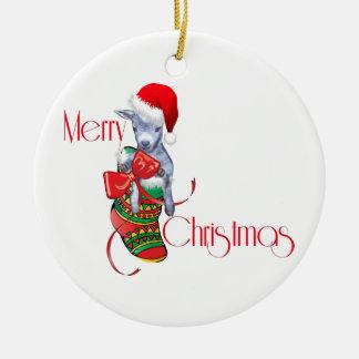Un bebé de la cabra de las Felices Navidad en el o Adorno