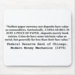 Un billete de dólar es apenas un trozo de papel tapetes de raton