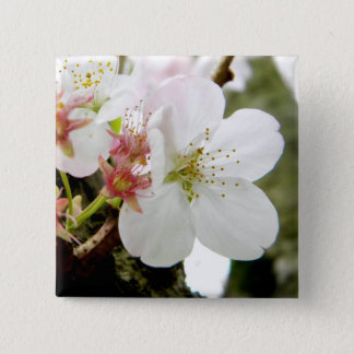 Un Bloomed Pinback Button