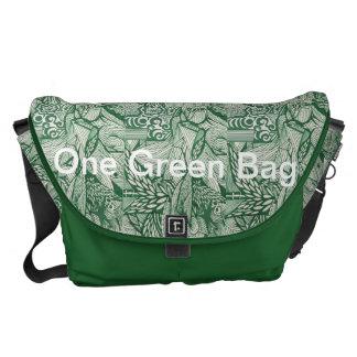 Un bolso verde bolsa de mensajeria