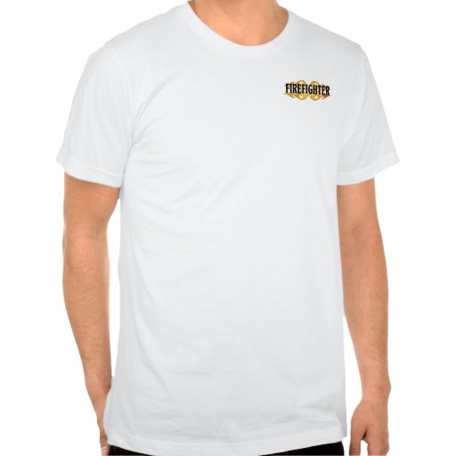 Un bombero flamea tee shirts