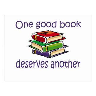 Un buen libro merece otros regalos tarjeta postal
