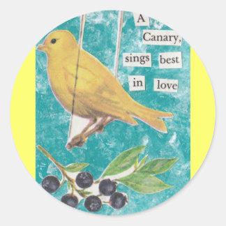 Un canario, canta mejor en amor pegatina redonda