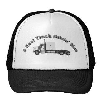 Un casquillo real de los camioneros del hombre de  gorras de camionero