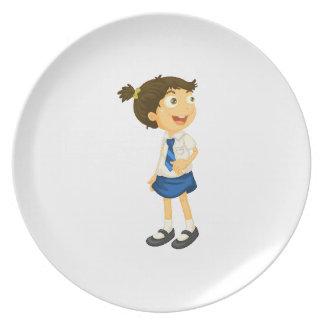 un chica en uniforme escolar plato