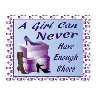 Un chica puede nunca tener bastantes zapatos tarjetas postales